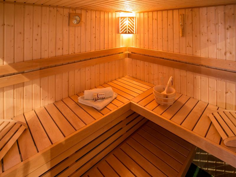 house of wellness unsere sauna produktlinien. Black Bedroom Furniture Sets. Home Design Ideas